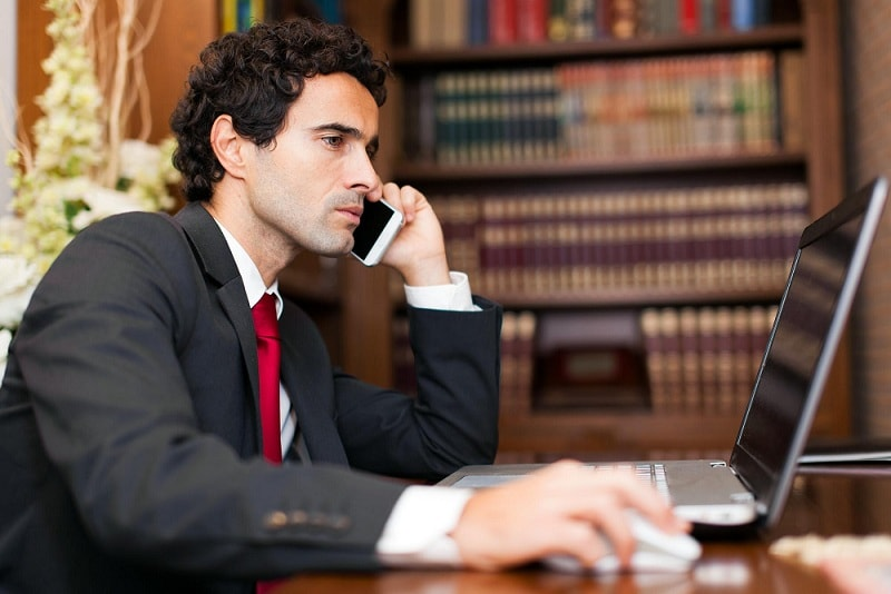 5 Tips for Choosing the Best Immigration Lawyer for You